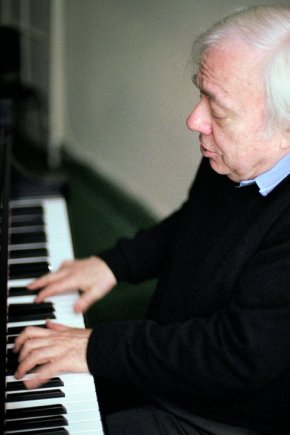 The world we live in, and life in general:  LA Phil and Dudamel do Kurtág, Mozart (with Richard Goode), andStrauss