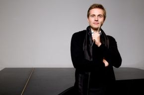 Five concerts, four conductors at different stages of their relationship w/ the LA Phil (part 1 of 4):  Vasily Petrenko conducts Nielsen and Shostakovich; Trpceski plays Grieg's PianoConcerto