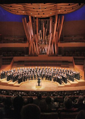 Los Angeles Master Chorale (photo by Lee Salem)