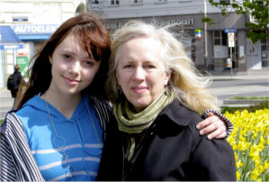 Yvonne Eadon and Anne LeBaron in Vienna (2008)