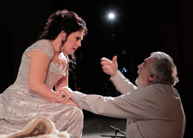 Tosca BTS - Sandra Radvanovsky and Placido Domingo