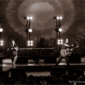 Rodrigo y Gabriela unleashed at the Hollywood Bowl