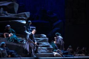 Brandon Jovanovich (Don Jose) with ensemble as Act 3 opens