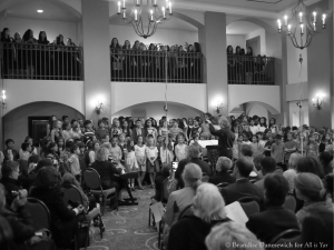 James Conlon conducting combined choirs 2 (B&W)
