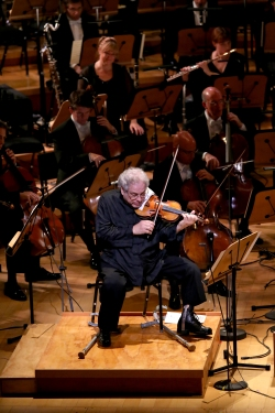 La Phil Season Opening Gala Concert Shows Off John