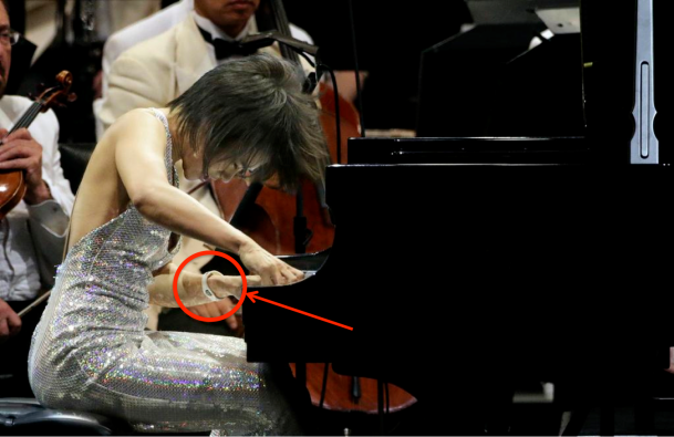 Yuja Wang with bracelet hi-lited