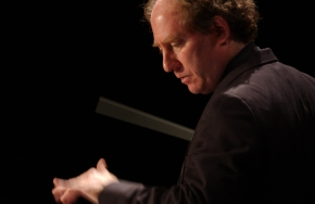 Kahane and LA Chamber Orchestra offer solid start to 2015-16 season, highlighted by Spiva world premiere and Schubert 8th