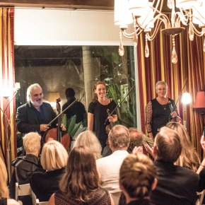 """LACO season opener puts the """"chamber"""" back in chamber music, with a distinct internationalflavor"""