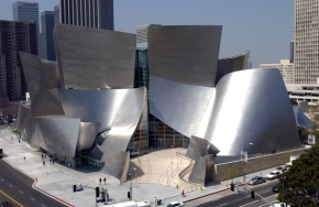 LA Phil players ink new 5-year contract