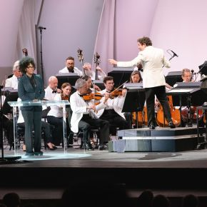 The LA Phil returns with a Hollywood Bowl season-opening night tosavor