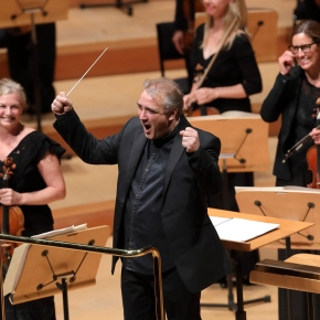Jaime Martin and LA Chamber Orchestra dazzle and inspire in their two-concertreturn
